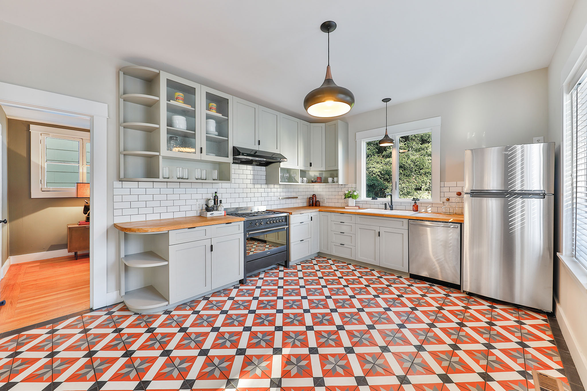 SF Home - Modern Kitchen with bright tile