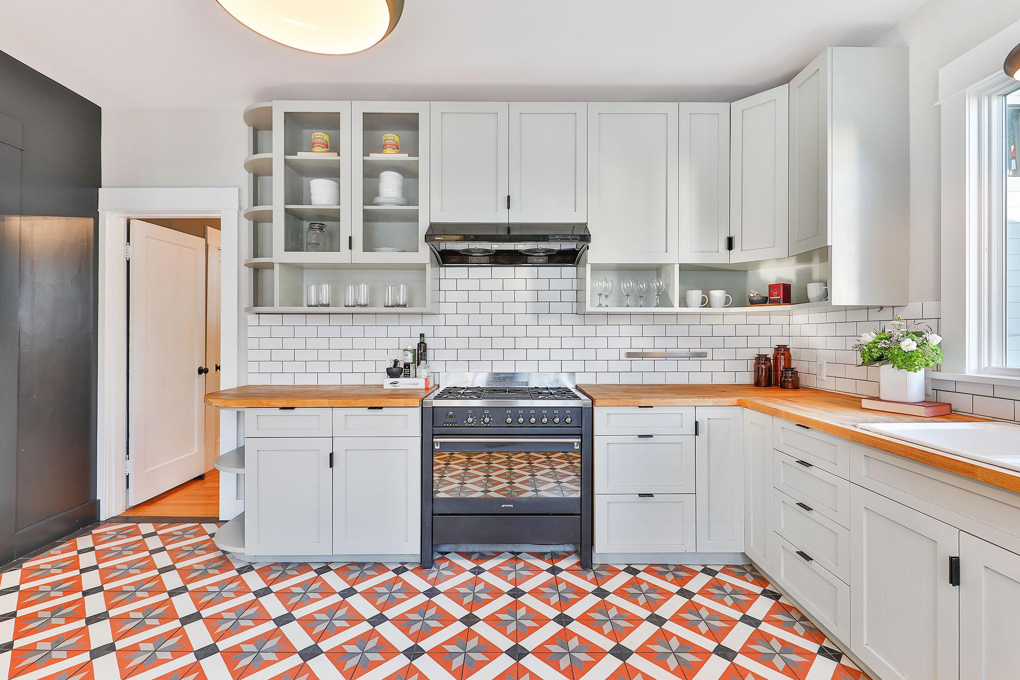 San Francisco Home - Modern Kitchen