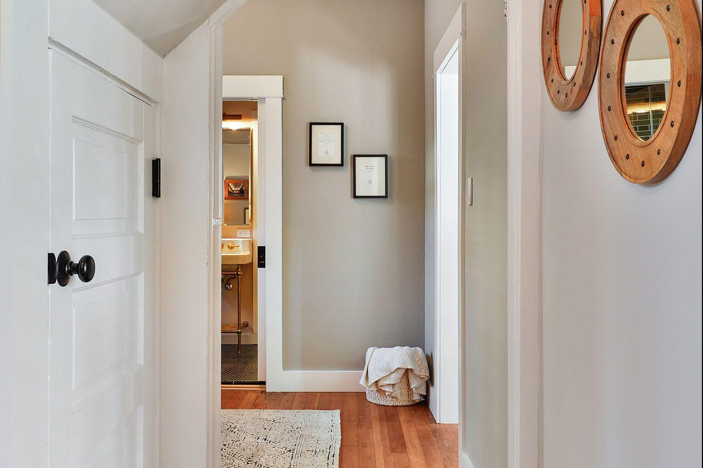 SF Real Estate - Hallway