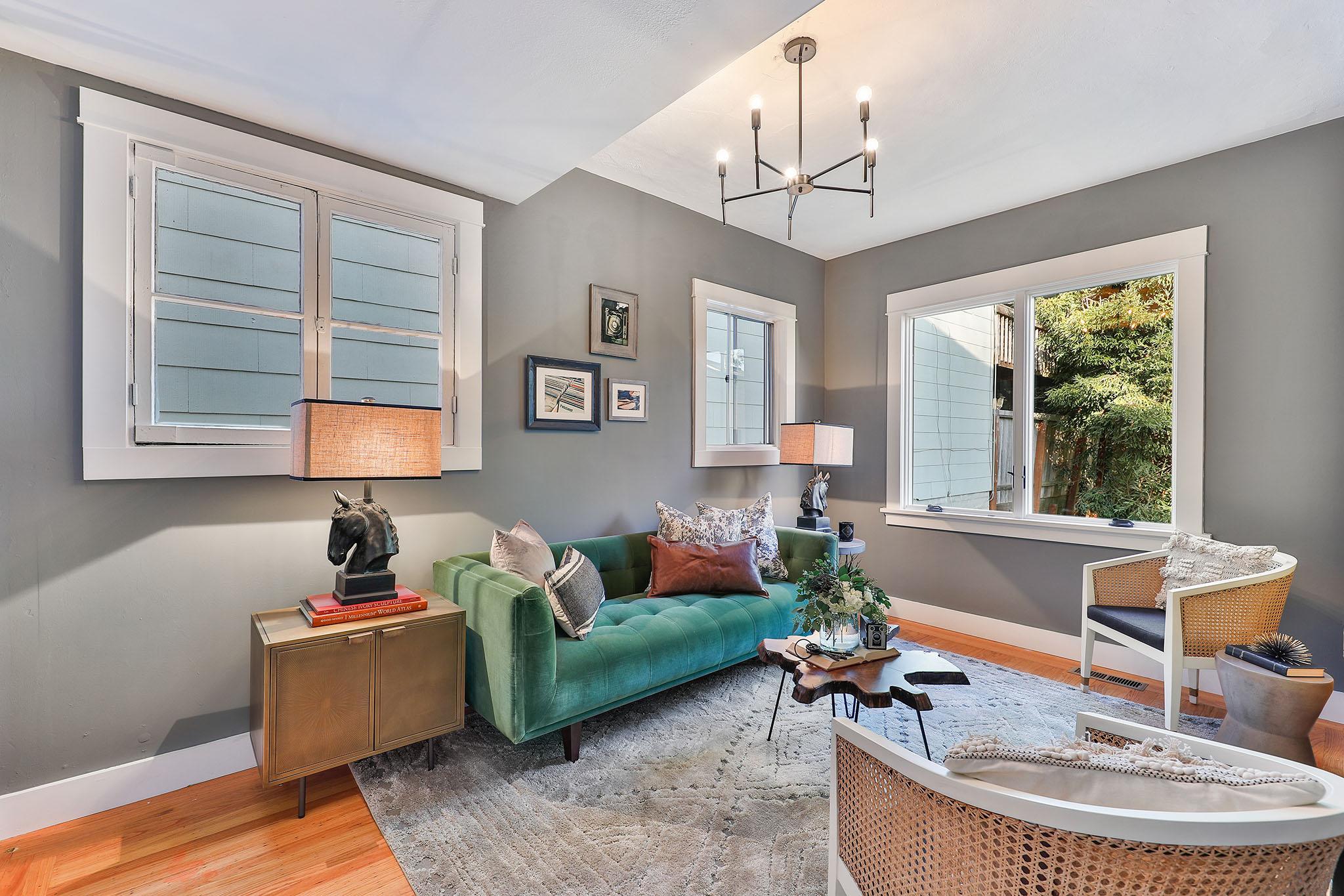 San Francisco Luxury Home - lIVING rOOM