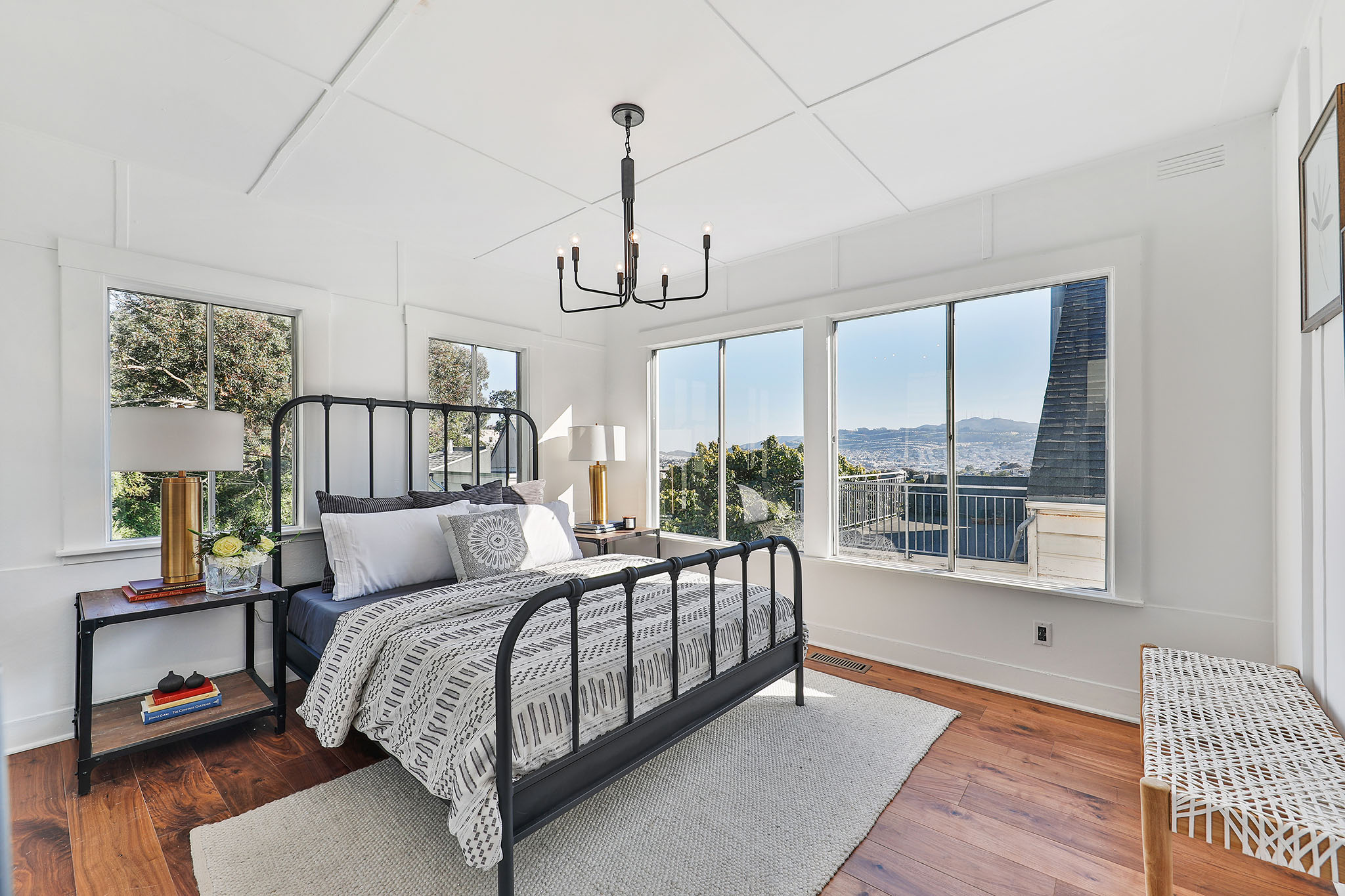 SF Home - Room with City View