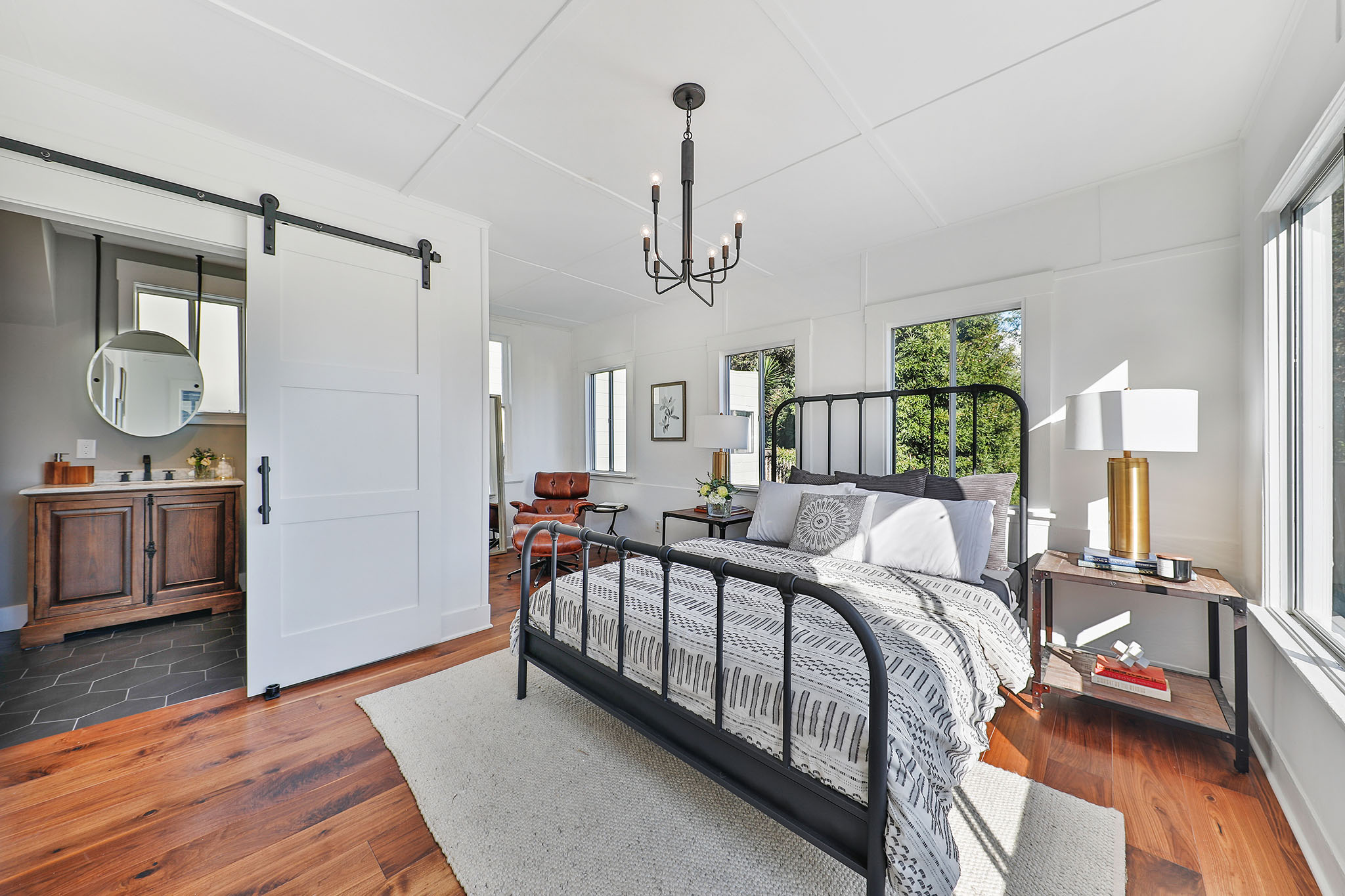 SF Real Estate - Master Room with Full Bath