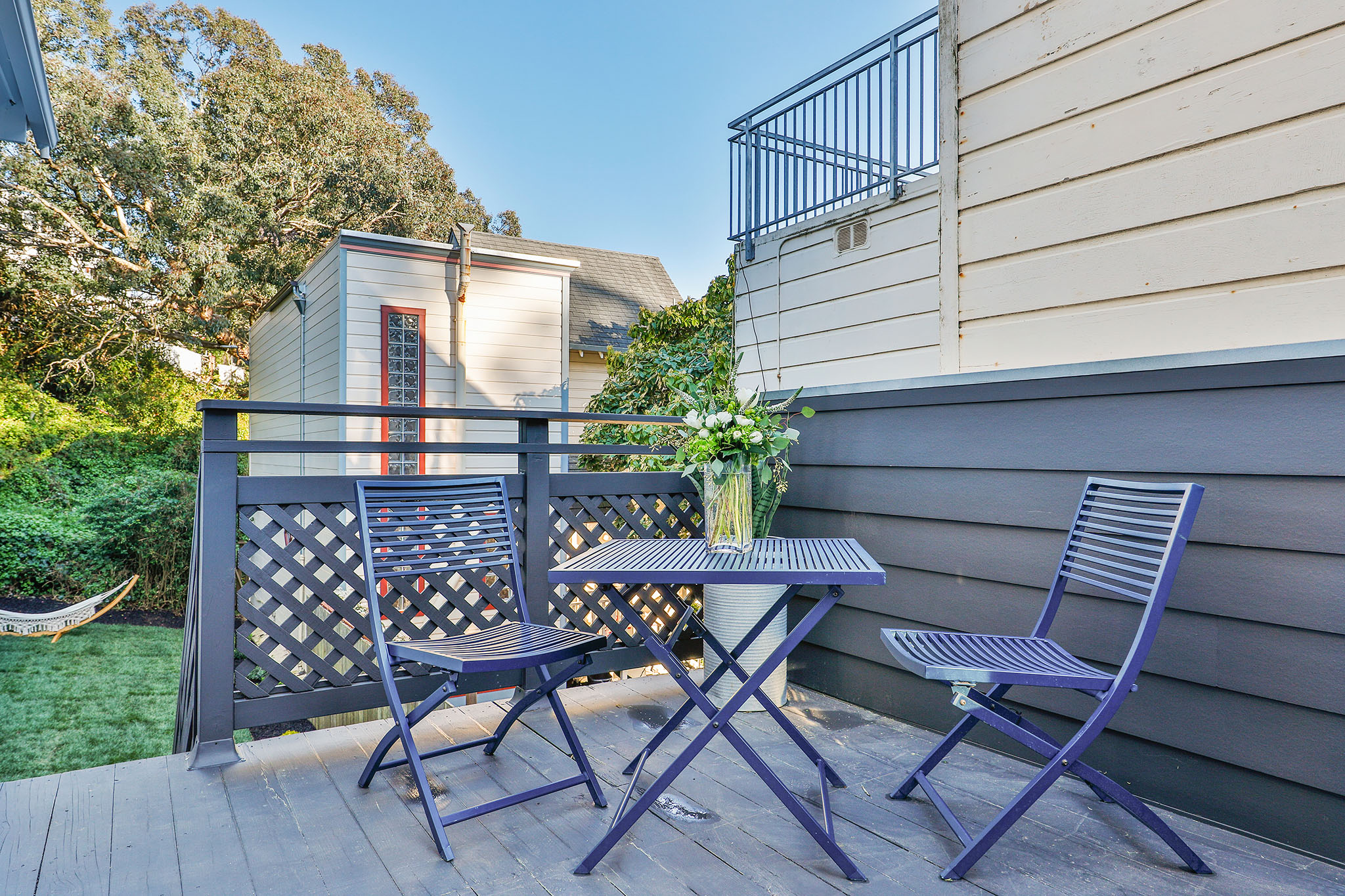 SF Home - sitting area on deck