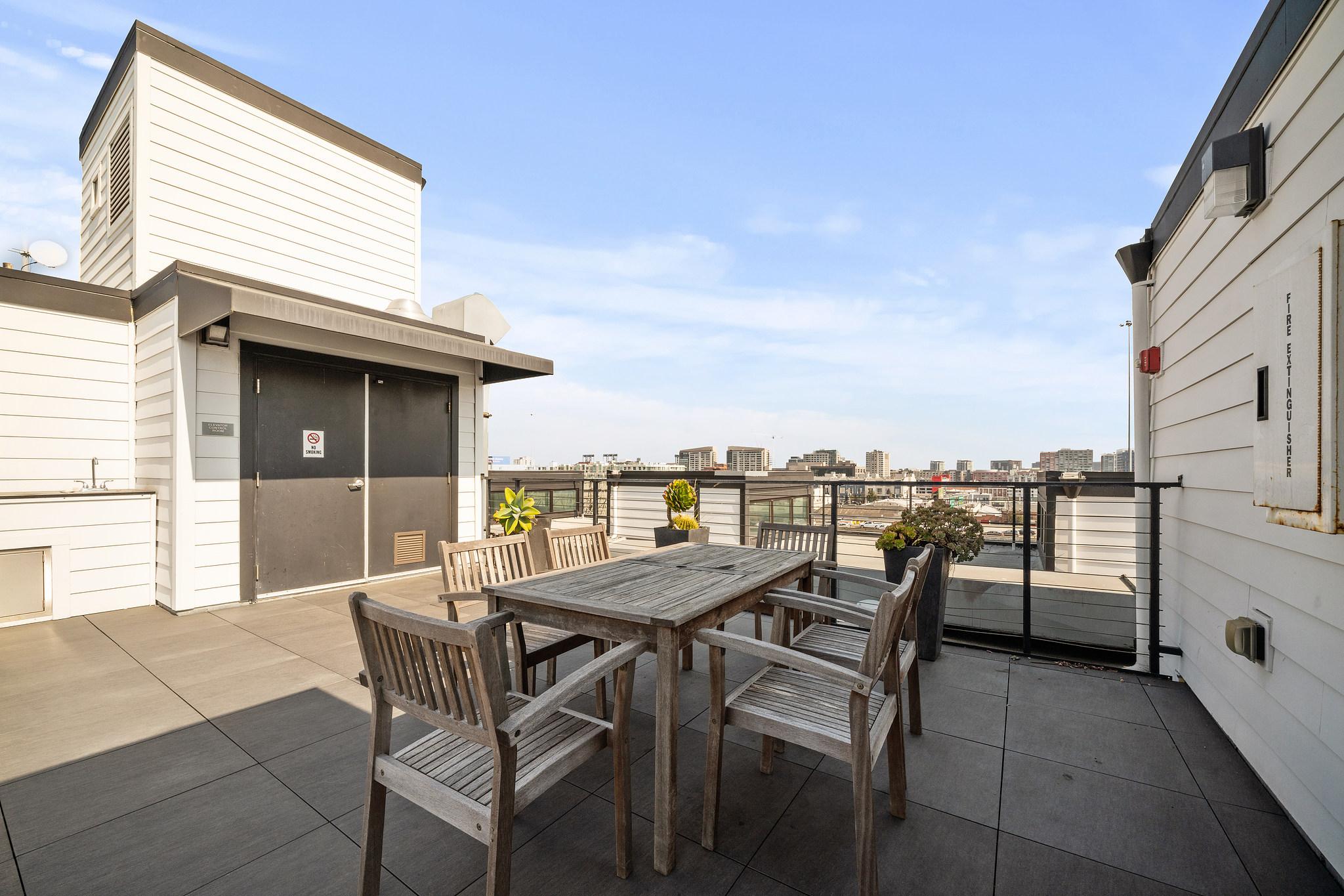 Rooftop Patio - San Francisco Real Estate